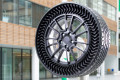 MICHELIN UPTIS THE NEW AIR-FREE TIRES